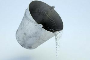 waterinsidetoiletf